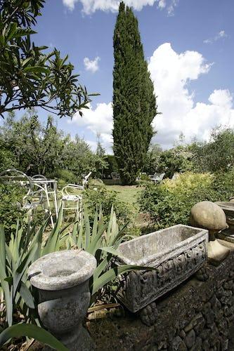 Angoli nascosti nel giardino, per godere di un pò di privacy, tranquillità...ed ombra!