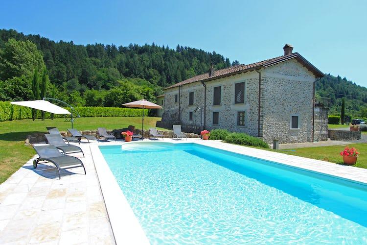 La Loggia Fiorita, villa con una meravigliosa piscina ed un panorama mozzafiato sul panorama circostante