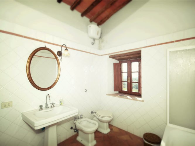 La Pieve Marsina: la biancheria da letto, da cucina, da bagno e gli asciugamani per la piscina sono forniti dai proprietari