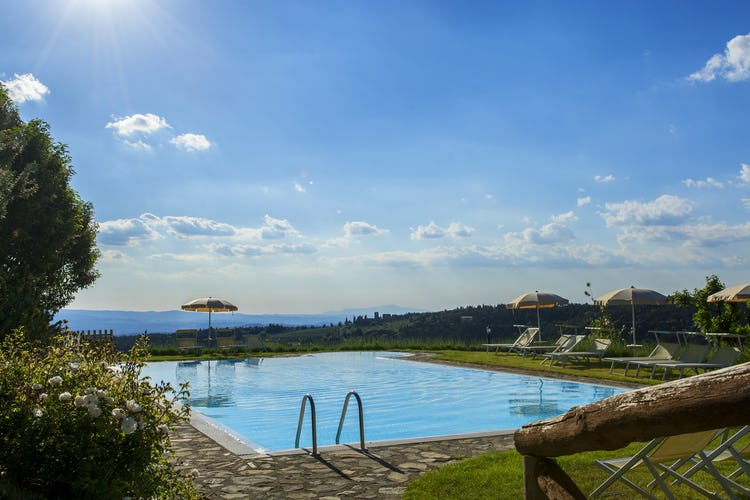 La Rocca di Cispiano: Beautiful views from the pool