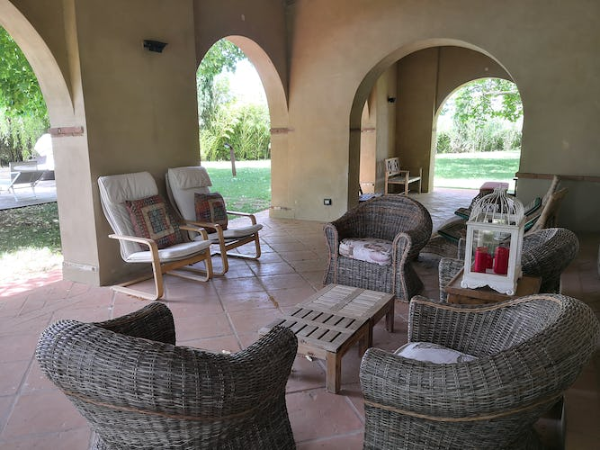 La Villa con gli Archi villa rental provides many comfortable alcoves for private time