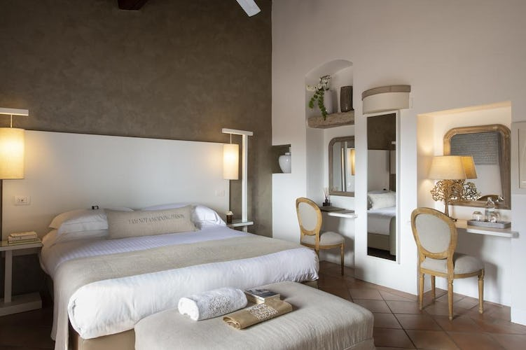 Locanda Le Piazze: Boutique Hotel and double bedroom