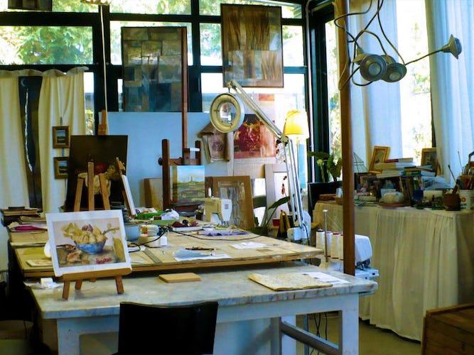 Gloria ama condividere con gli altri la sua passione per l'arte