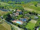 Mancinella - VIsta Piscina, Vigne e Cipressi
