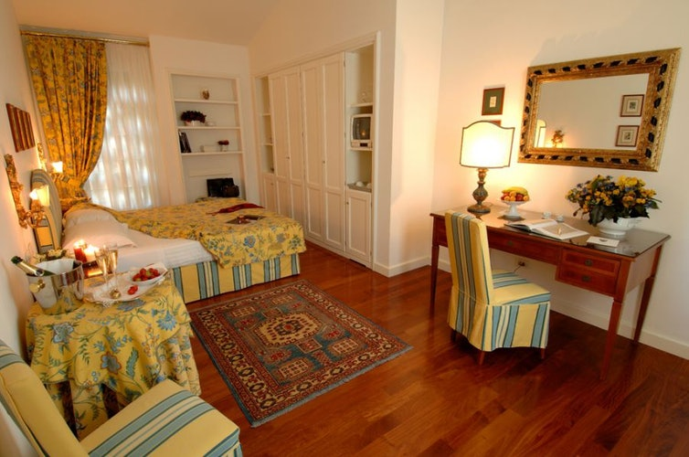 Camera doppia, un ambiente spazioso e molto luminoso