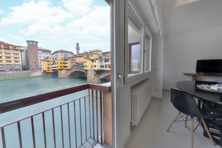 Old Bridge Apartment: Vista panoramcia unica