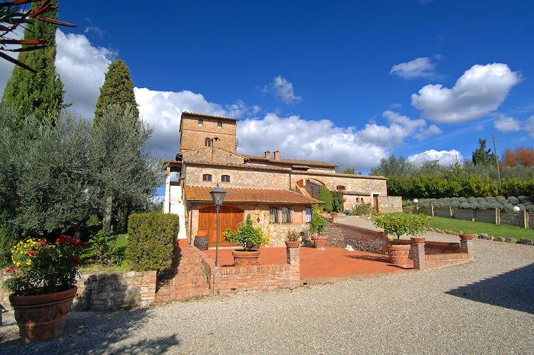 Villa Palagetto:  Beautiful green gardens, vineyards & olive grove