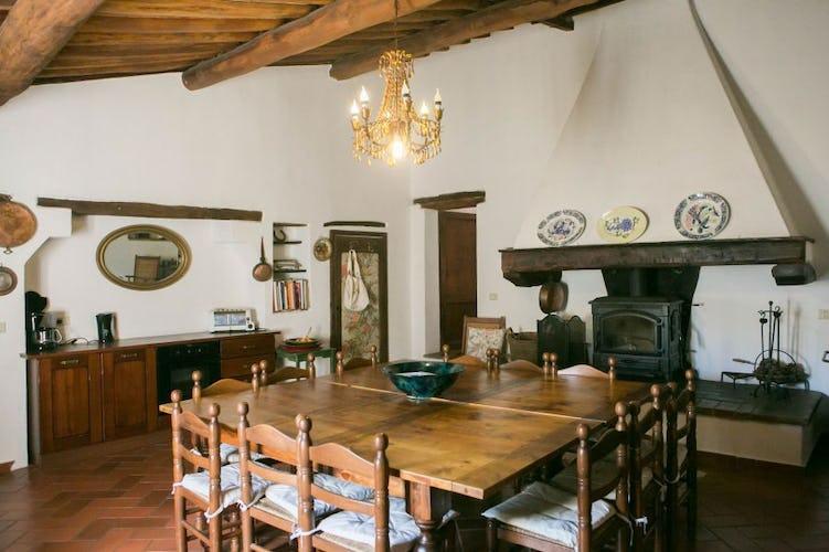 La Villa ha una sala da pranzo che può ospitare fino a 14 persone