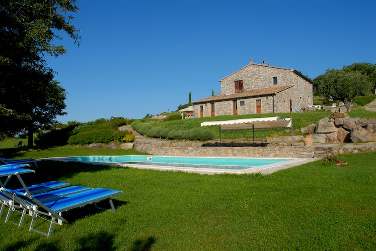 Podere Pietreta - Tuscan Farmhouse & Pool
