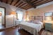 Podere Torricella - Typical Tuscan Decor