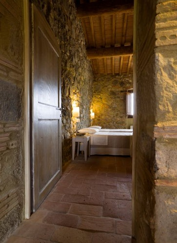 Particular of the bedroom Arcidosso farmhouse