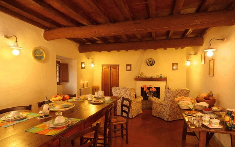 La sala per le colazioni nell'edificio principale di Poggio al Sole