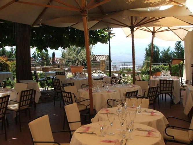 Il ristorante, elegante e raffinato per degustare specialità locali