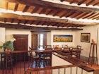 Elegant farmhouse in Pistoia