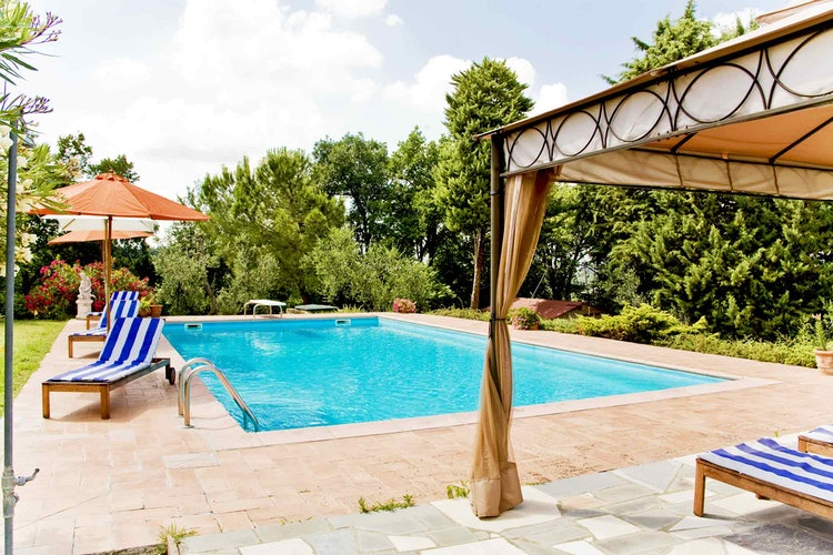 Sant Andrea Cellole - Large pool area with shade