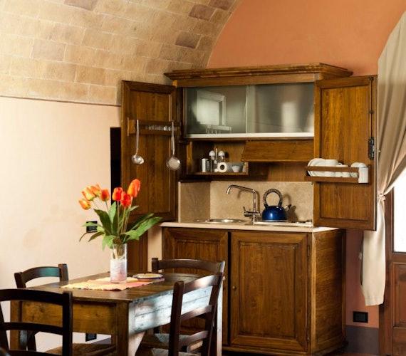 Gli appartamenti hanno cucinotti attrezzati perfetti per pranzi veloci