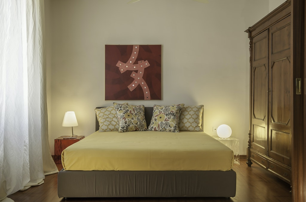 Design apartment florence serena luxury in the city center for Design apartment milano city center duomo