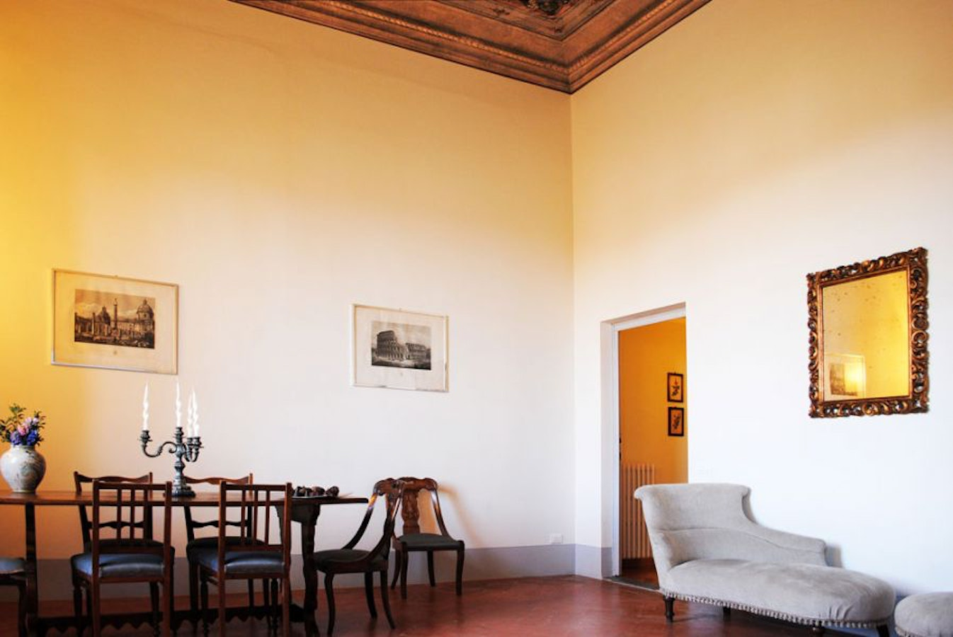Serristori apartments comfortable apartments in florence for Florence apartments