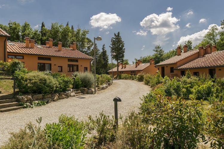 Villa Borgo la Fungaia: Private community in Tuscany