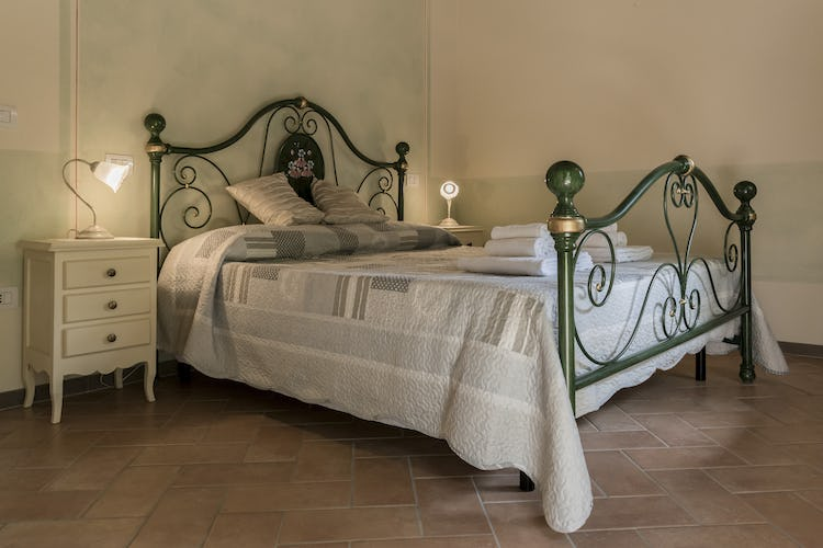 Villa Borgo la Fungaia: Double bedroom