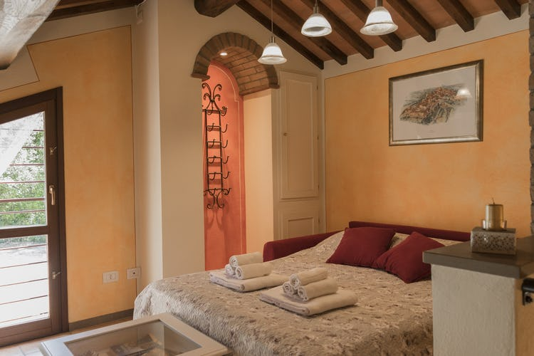 Villa Borgo la Fungaia: lots of natural light