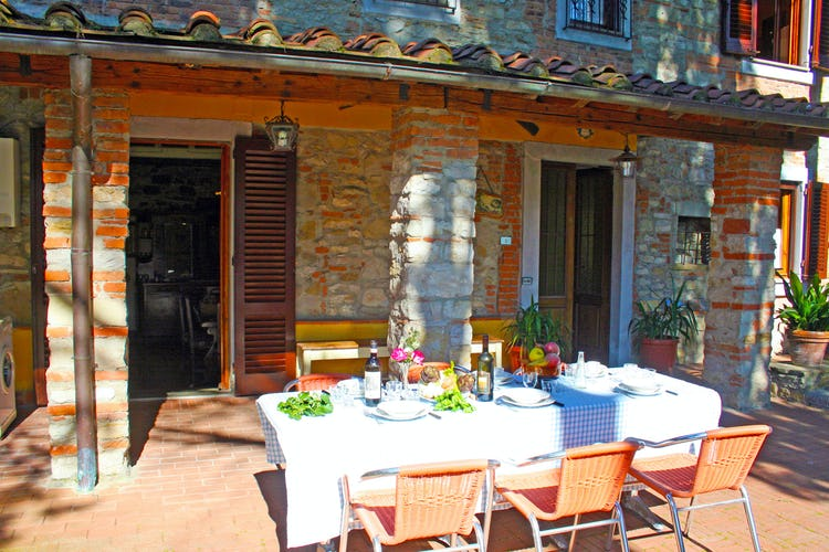 Villa Cafaggiolo - delightful covered terrace for meals and snacks