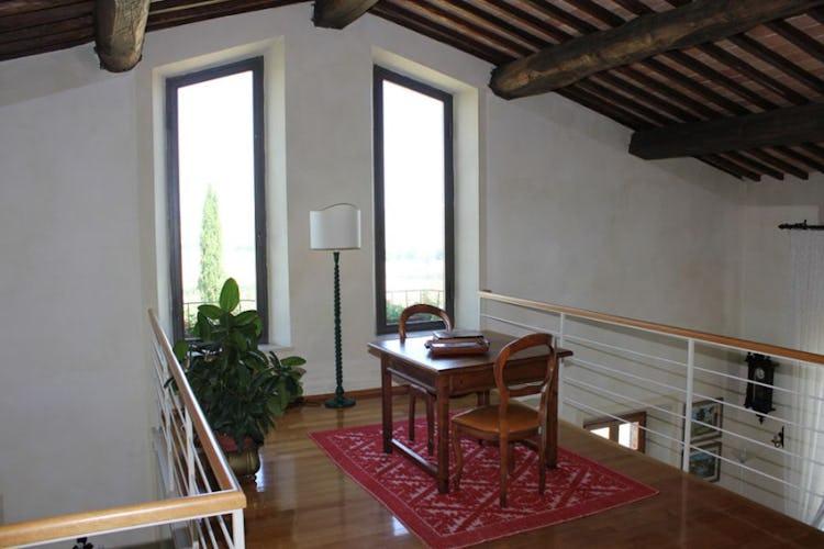 Mezzanine villa on crete senesi