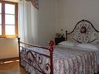 Camera rossa villa Corsanello