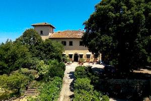 Villa Fillinelle - Facade and Garden