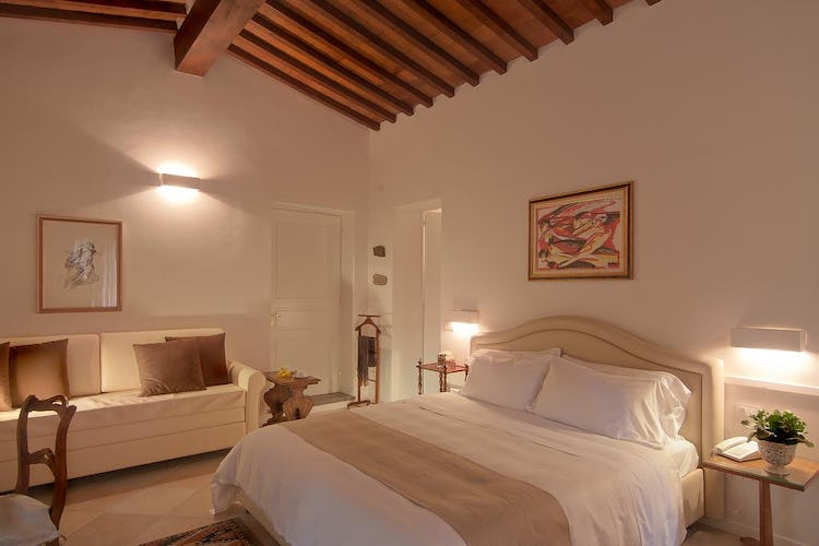 Villa I Barronci: Comfortable large suites