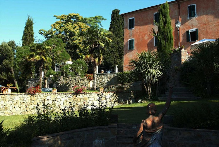 Enjoy the views of south Tuscany at Villa il Poggio