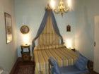 Elegante camera il cui stile ricorda le famiglie nobili di un tempo