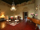 Elegance and charm only 25 minutes from the city center of Florence