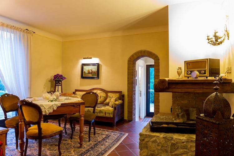 Villa La Fonte Vacation Rental - with fireplace