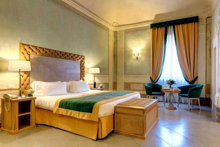 Vi sono diverse tipologie di camere, arredate con raffinata semplicit�