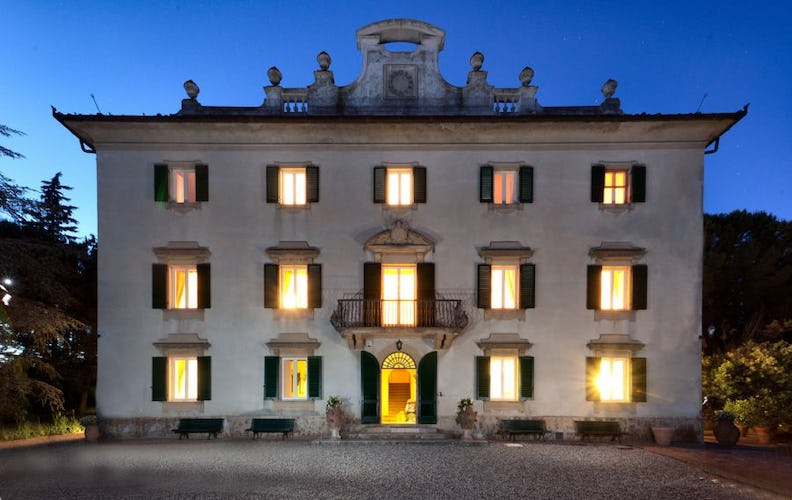 Villa Vianci by night