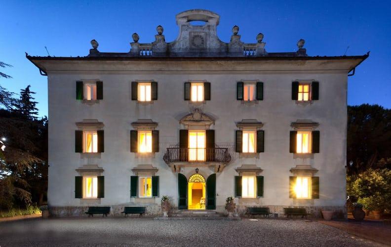 Villa Vianci di notte